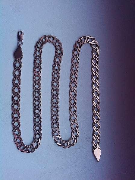 Продам цепочку красивую цельную мужскую 26 грамм 54 см