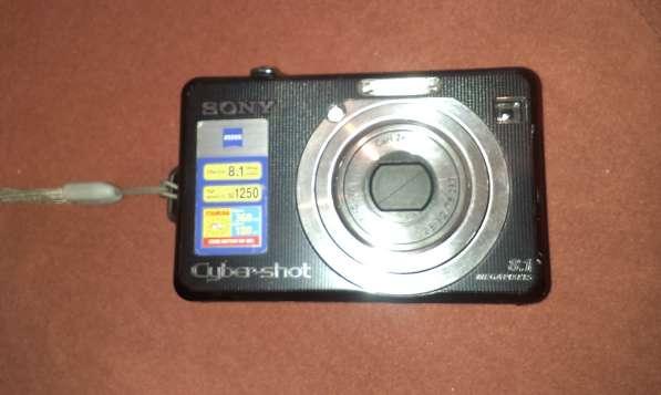 Продам фотоаппарат SONY DSC-W100
