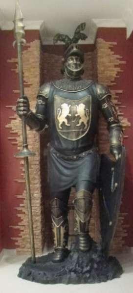 "скульптура ""Римский легионер&quot"