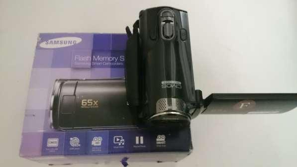 Продаю видеокамеру Samsung SMX-F70BP