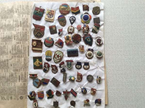 Коллекция. Значки и медали. 4000 шт в фото 7