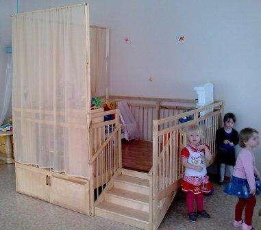 Игровая Веранда - манеж с дверками для детских садиков и домов ребенка