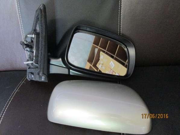 Зеркало правое с электрообогревом на Toyota Corolla