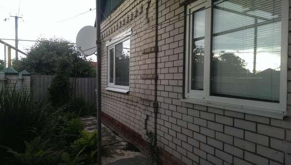 В ст. Казанской дом из двух комнат 70 кв.м. на участке 8 сот