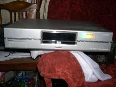 DVD рекордер PHILIPS