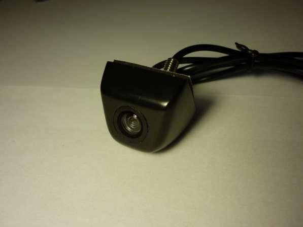Камера заднего вида металлическая черная
