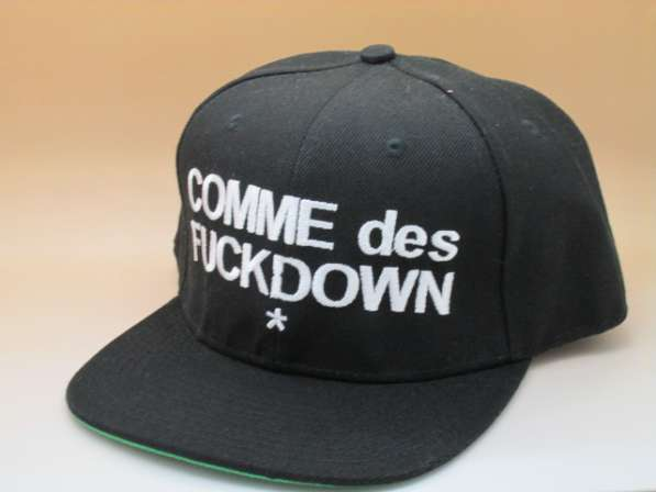 Кепка снэпбэк COMME des FUCKDOWN
