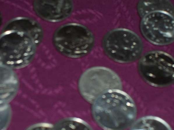 Монеты россии по 1 копейке 2002 и 2007 гг в Москве фото 4