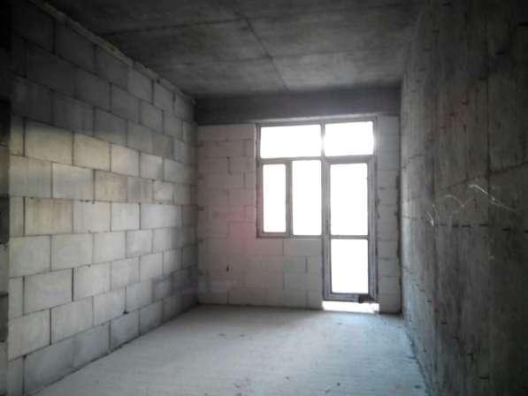 3-х комн. квартира в новостройке около метро 28 Мая в фото 3