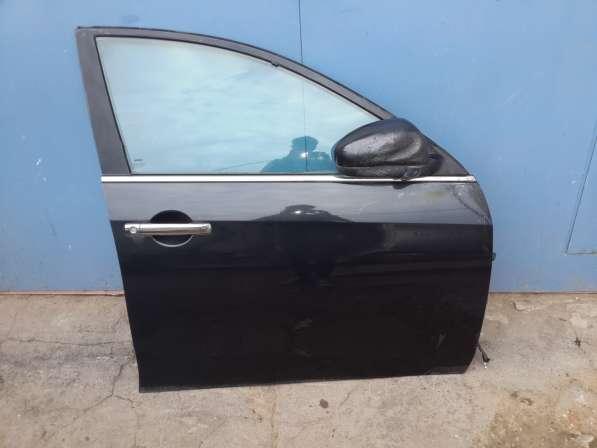Дверь передняя правая на Nissan Almera G15