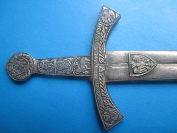 Нож для вскрытия конвертов