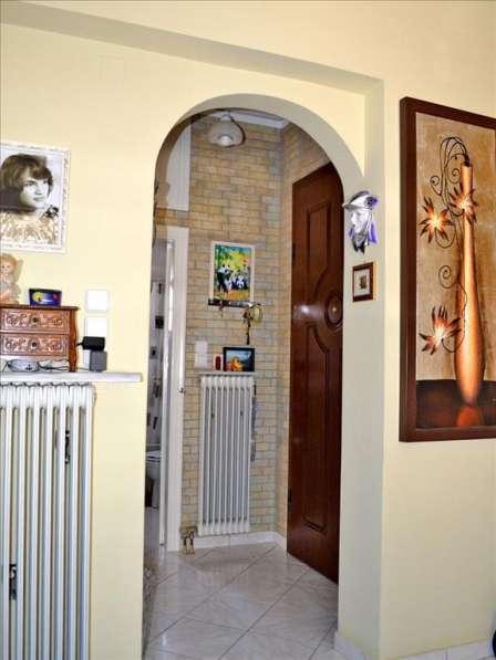 Продам квартиру в Афинах в идеальном состоянии в фото 4
