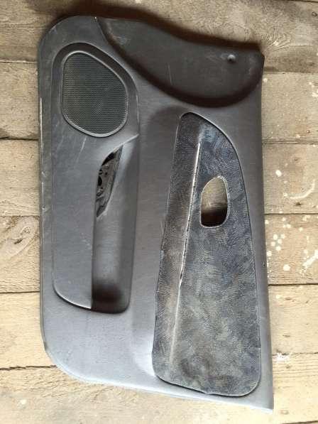 Обшивка дверей mirage/lancer 6