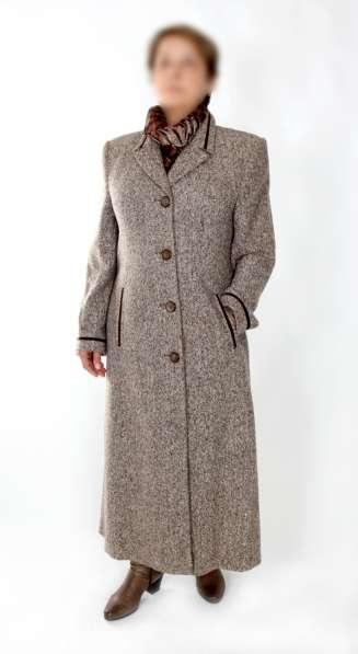 Новое демисезонное пальто в Москве