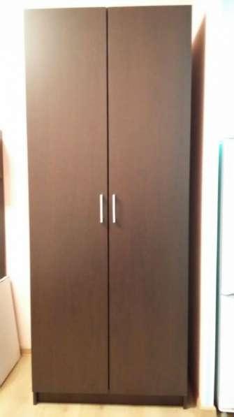 Шкаф 2-х дверный новый