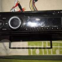Магнитола Clarion CZ-100EG, CD/MP3, RDS, в Омске