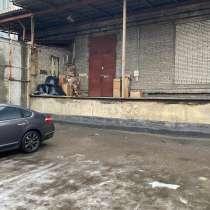 Аренда производственно-складского помещения 560 кв.м. на Глу, в Санкт-Петербурге