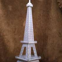 Эйфелева башня, в Чехове