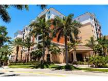 Квартира в Санни-Айлс-Бич в кондоминиуме Porto Bellagio, в г.Майами