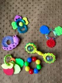 Игрушки, прорезыватели fisher-price, tiny love, в Москве