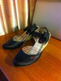 Отдам даром туфли женские р.38, в г.Долгопрудный