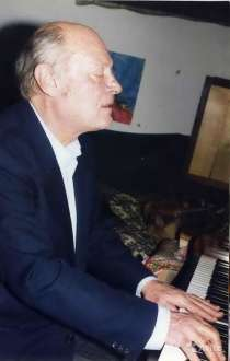 Продаю раритетное пианино Petrof в отл. сост, в г.Симферополь