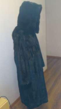 Шуба норковая чёрная р.44 рост 165, ниже колен с капюшоном, в Хабаровске