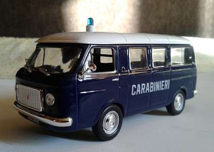 полицейские машины мира №2 FIAT 238 CARABINIERI   1967