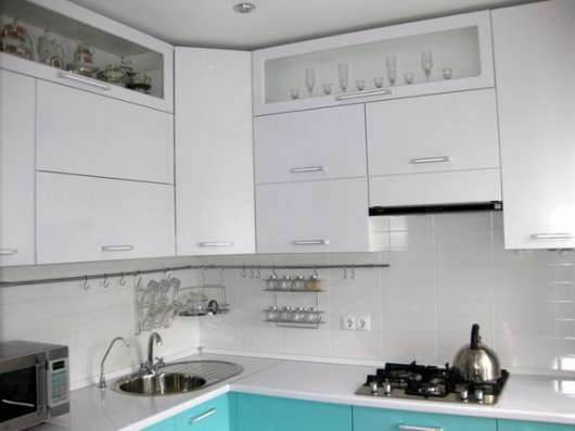 Кухня лазурная угловая (все включено)
