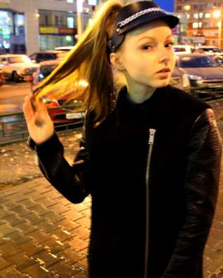 Козырёк из натуральной кожи в Москве Фото 1