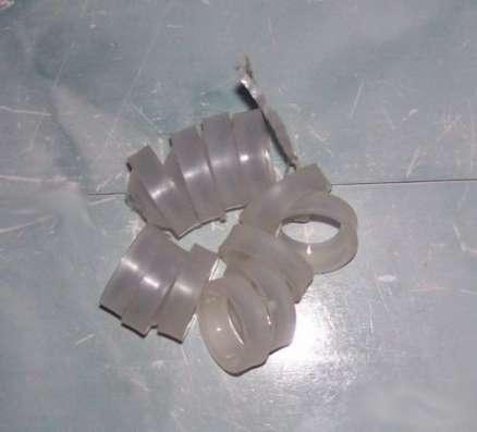 Вкладыши (сухари) для ремонта верхней шаровой опоры ВАЗ