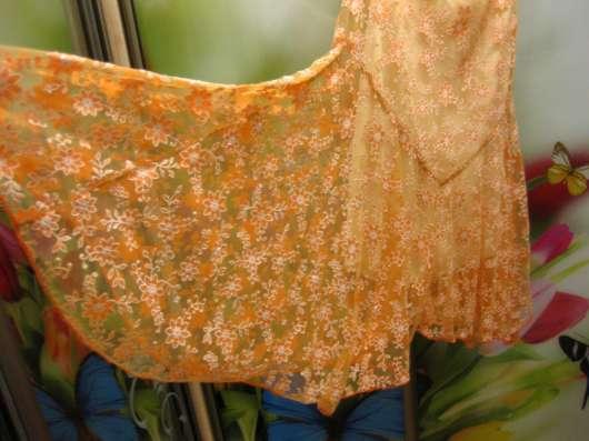 Продам оранжевое платье