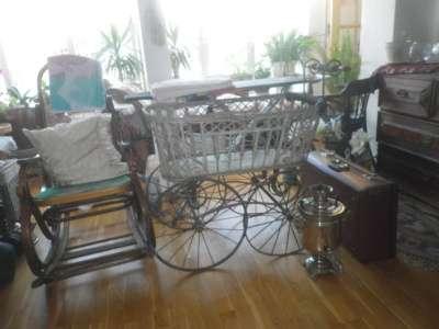 Старинная коляска