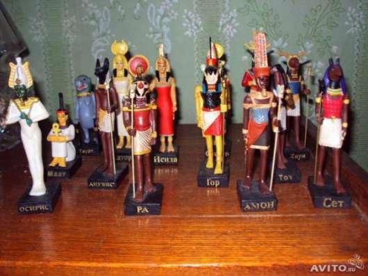 Статуэтки из журнальной серии Тайны богов Египта.