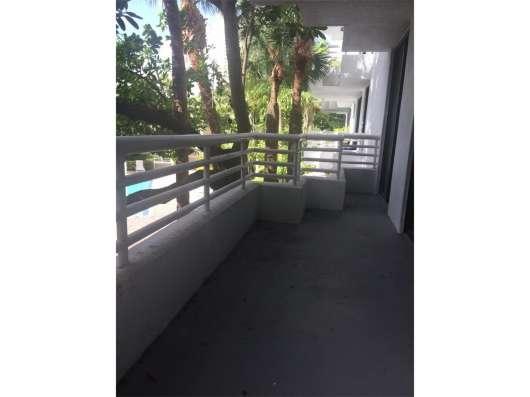 Квартира в Авентуре на берегу залива Фото 4