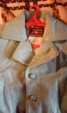 Красивая нежно-бирюзовая кожаная куртка-пиджак,женская,46-48
