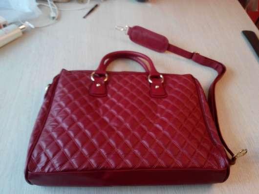 Стильная красная сумка power red от oriflame