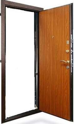 Дверь стальная 2 замка, 2 контура уплотнения,ночная задвижка