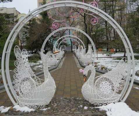 Лебединая арка из металла