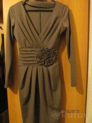 Платье 42-44 р-р