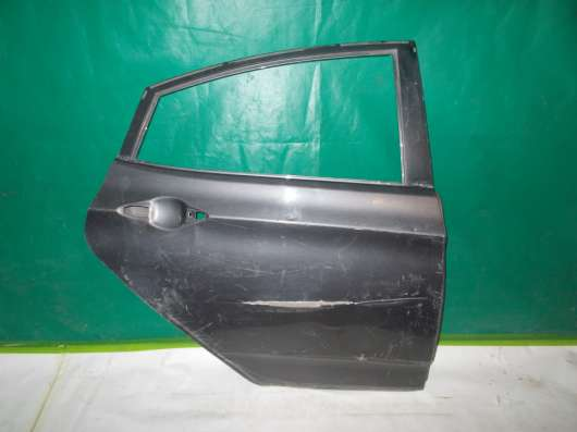 Дверь задняя правая на Hyundai Solaris х/б