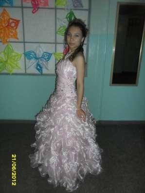 Платье женское в г. Усть-Каменогорск Фото 1
