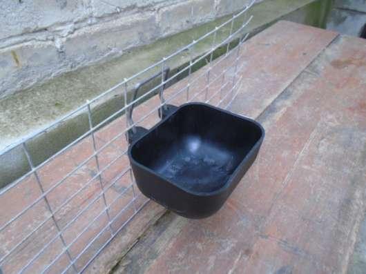 Бункерные кормушки для кроликов в г. Ессентуки Фото 1
