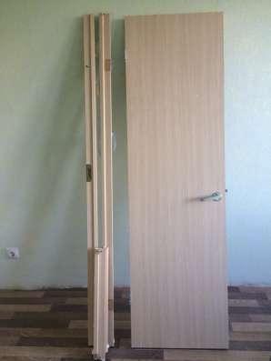 Две новые деревянные двери (комплект)