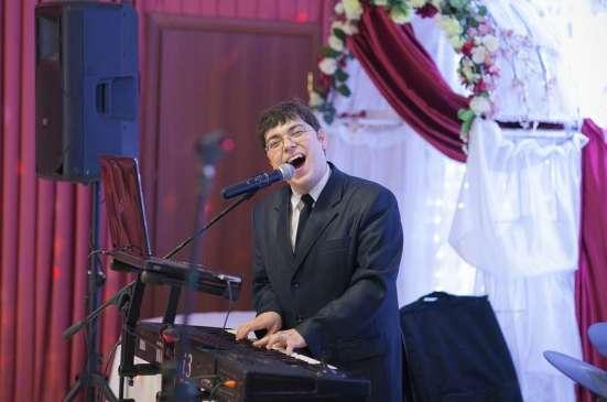 Ведущий, тамада, ди джей, дуэт ведущих в Казани Фото 1