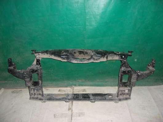 Передняя панель радиатора (телевизор) Hyundai i40
