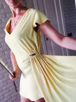 Продам платье Elisabetta Franchi
