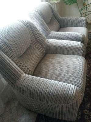 Продам 2 мягких кресла, серого цвета в г. Гродно Фото 2