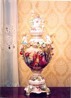 Ваза антикварная 1725 seit Meisen Schwerrer-Marke
