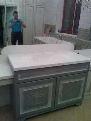 Столешницы из искусственного камня для ванной комнаты